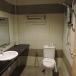 Salsa Resort Langkawi Bathroom
